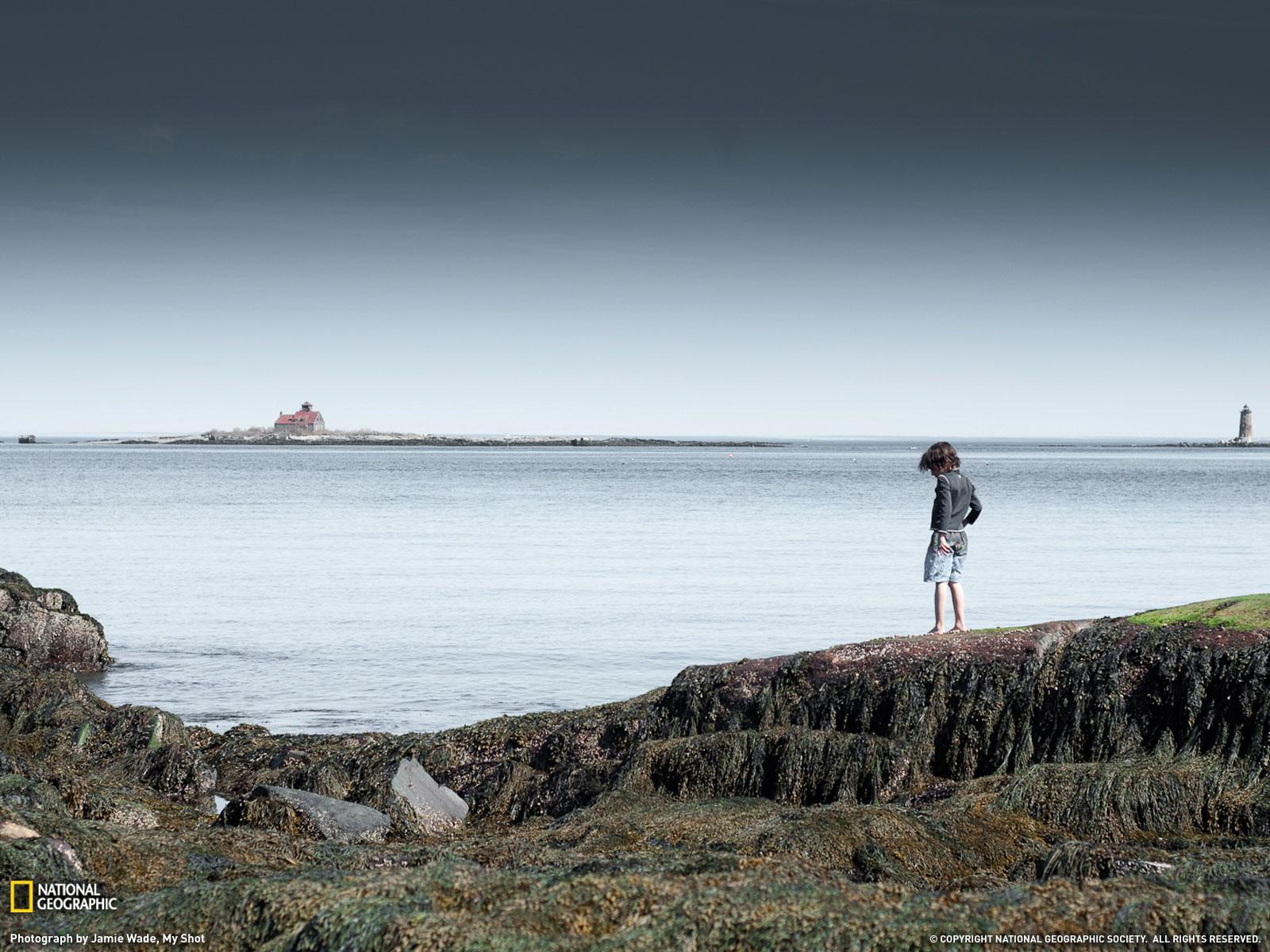 Foto Niño Viendo el mar