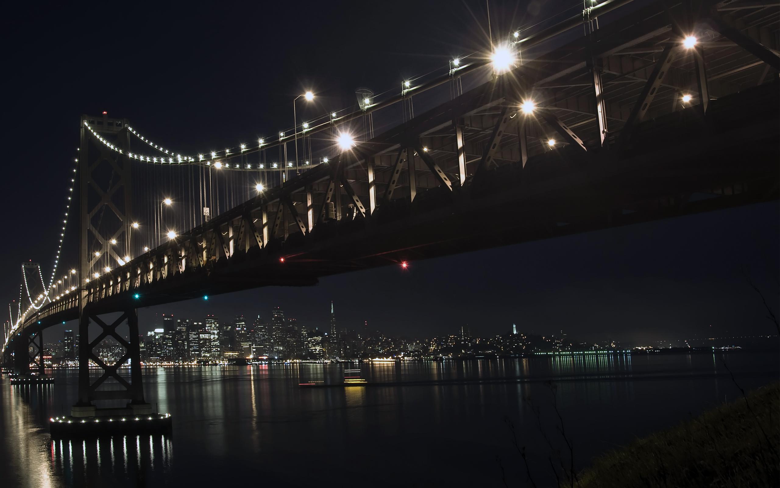 Foto Puente Colgante en HD
